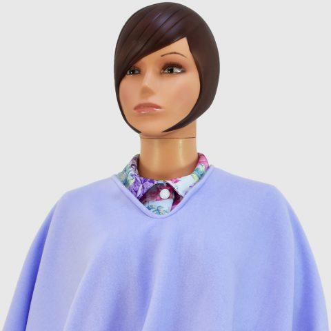 poncho-bleu-clair-laconciergeriemedicale